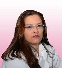 Carla Rejane Santiago Campos Amaral ESPECIALISTA EM PRÓTESE - Dra-Carla-Rejane_fundo_rosa