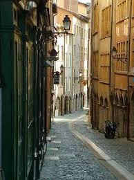 Votre ville préférée? Images?q=tbn:ANd9GcR6BDTKpcPKSwE6-e0nqaWePuCdbRVDtfaHneLBzh6dE7N1kJBVNw