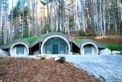 Incredible Personal Biodomes   International Listings BlogFlag Pond Hobbit House