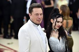 Elon Musk wants Grimes out of a lawsuit over Tesla take-private tweet