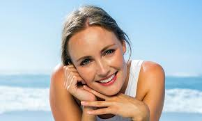Long-lasting <b>makeup</b> tips for hot weather   HELLO!
