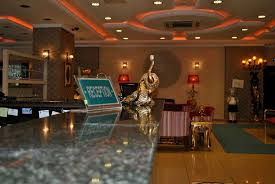 akgn otel accommodation rooms hotelscom bekdas hotel deluxe istanbul interior entrance