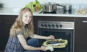 Посуда для духовки: 8 типов кухонной емкости