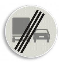Afbeeldingsresultaat voor vrachtwagen inhalen
