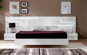 Off White Bedroom Furniture Bedrooms With White Furniture Monfaso