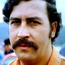 <b>Pablo Escobar</b> - Wife, Son & Death - Biography