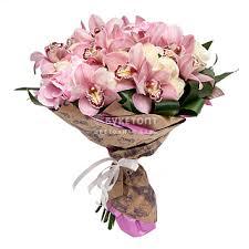 <b>Букеты из белых роз</b> от компании «БукетОпт»