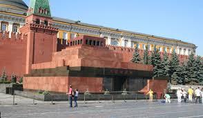 Rus Kilisesi: Lenin'in mezarı Kızıl Meydan'dan kalksın