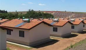 Resultado de imagem para coletores solares na minha casa minha vida