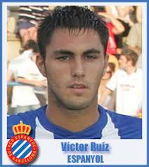 Víctor Ruiz. Víctor Ruiz Torre. Club: RCD Espanyol. Fecha de nacimiento: 25/1/989. Lugar de nacimiento: Barcelona. Estatura y peso: 1,86 m /79 kg - 2009121168Victor-Ruiz