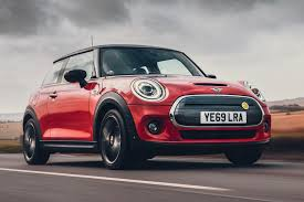 New <b>MINI Electric</b> 2020 review | Auto Express