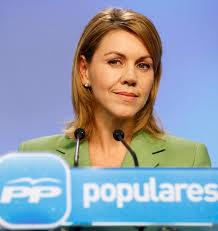 Cospedal pide a Aguirre que explique por qué ha contratado al ex gerente del PP implicado en las tarjetas opacas
