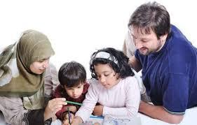 نتیجه تصویری برای رفتارهایی که پدرمادرها باید به کودکانشان بیاموزند