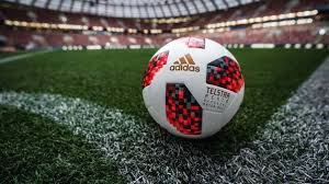 What is the <b>standard size</b> of a football? - Quora