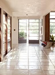 four sunny and stunning california interiors from commune designs 39 california interiors commune designs