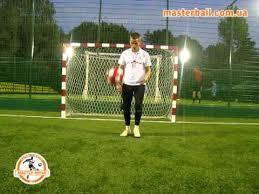 Футбольный тренажер - мяч на нитке - YouTube