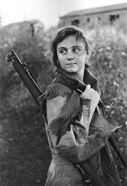 images about spanish civil war men and women guerda taro a republican fighter and journalist in the spanish civil war