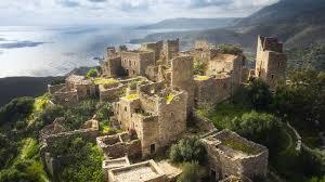 Travel - The last speakers of ancient Sparta - BBC