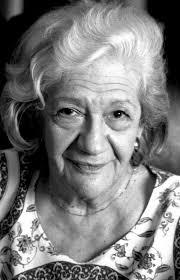 Ana María Matute Ausejo nace en en Barcelona el 26 de julio de 1925, ... - 1%2BAna%2BMaria%2BMatute