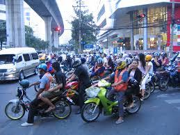 「バイクタクシー タイ」の画像検索結果