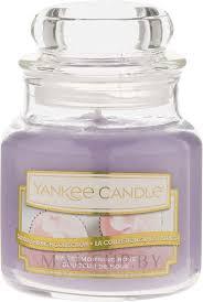 <b>Ароматическая свеча</b> - Yankee Candle Luxury Sweet <b>Morning Rose</b>