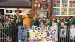 Welshampton pupils and Pudsey Bear cheer on Team Rickshaw