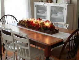 red dining room table decor