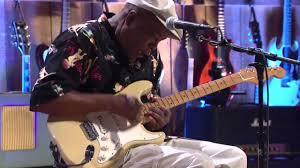 "<b>Buddy Guy</b> ""Damn Right, I've Got the Blues"" on Guitar Center Sessions"