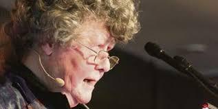 Keri Hulme makes rare appearance at writers festival - Keri%2520Hulme