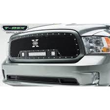 <b>Решетка радиатора с подсветкой</b>,цвет черный,сталь (Dodge ...