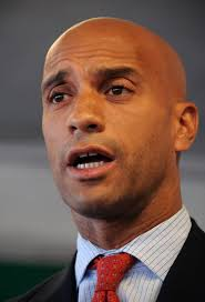 More signs that former mayor Adrian Fenty is moving to the West Coast: Tuesday's announcement that he's joined Perkins Coie's Silicon Valley law office, ... - FENTYGBYE010_10_0_306570923