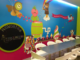 menchie s frozen yogurt singapore city groupon adding to the menchie s you nique experience is a spacious indoor area which can seat 27 guests and has interactive elements such as a chalkboard for kids