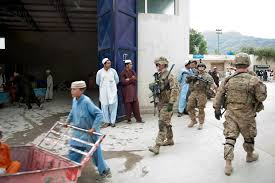 u s department of defense photo essay u s army iers assist afghan iers secure the customs checkpoint at torkham gate in s nangarhar