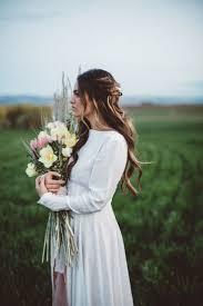 flowers wedding decor bridal musings blog: romantic prairie inspiration shoot jmhunter photography bridal musings wedding blog