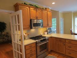 wall color ideas oak: paint colors with oak cabinets tags kitchen paint colors with