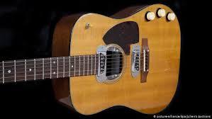 <b>Kurt Cobain</b>′s acoustic guitar sells for record $6 million | News ...