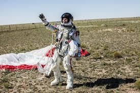 「Red Bull Stratos」の画像検索結果