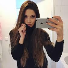 Slikovni rezultat za girl selfie