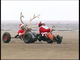 Photos droles ou cocasse du Père Noel - spécial fin d'année 2014 .... - Page 2 Images?q=tbn:ANd9GcRD8DwUdg2D630fXICruloksACJNwtrBrB24xHM06SOHM-tgqfcdw
