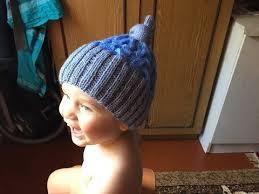 Как связать детскую <b>шапку</b> спицами - YouTube | Вязаные <b>шапки</b> ...