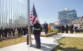Image result for izar la bandera americana en Cuba