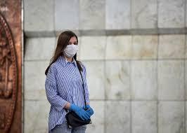Эксперт рассказал, как правильно подобрать маски и <b>перчатки</b> ...