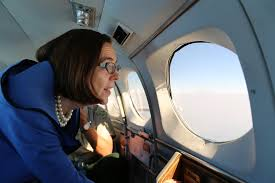 clinton foundation took massive payoffs promised hammond ranch governor kate brown heads to iers charlie co 7 158 aviation who are assisting firefighting efforts near the canyon creek area
