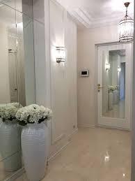 <b>Зеркало</b> в прихожей. В проекте использовали <b>зеркало</b> серебро ...