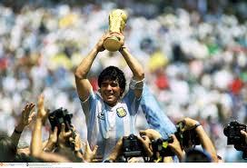 Resultado de imagem para Maradona