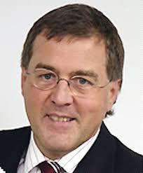 Ex-Rewe-Boß Martin Lenz soll an Quelle Österreich interessiert sein. - lenz_martin