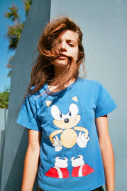 best images about graphic tees cara delevingne hanna bogdan by devyn galindo