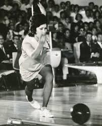「1970年 - 第1回全日本女子プロボウリング選手権開催。中山律子が優勝」の画像検索結果