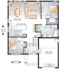 House plan W  V detail from DrummondHousePlans com    st level Modern Rustic house plan  split entry  great open floor plan layout