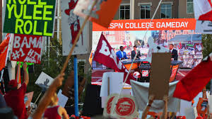 College GameDay signs: The best from Week 3 Iowa – Iowa State